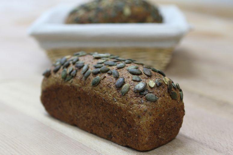 Celozrnný chléb s dýní formový